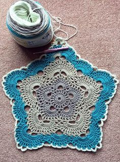 5 Sided Crochet Virus Afghan – Free PDF Pattern! #crochet #freepattern