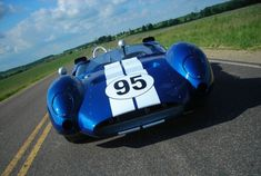 The 1963 Shelby Cooper Monaco King Cobra. When Carroll Shelby needed a sports racer to run in the 1963 USAC West Coast 'Fall Series,' he turned to race car buil King Cobra, Ac Cobra, My Dream Car, Dream Cars, Shelby Car, Classic Hot Rod, Classic Auto, Classic Cars, Carroll Shelby