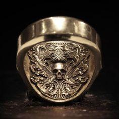 Book of Alchemy Masters in fine jewelry par BookofAlchemy sur Etsy Skull Jewelry, Silver Jewelry, Fine Jewelry, Unique Jewelry, Jewellery, Western Jewelry, Hippie Jewelry, Silver Earrings, Beste Gif