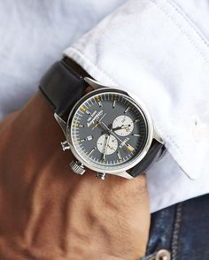 Watches Ideas - The Waterbury Chronograph - TIMEX - Watches : JackThreads - Flashmode Middle East Bulova Watches, Timex Watches, Sport Watches, Watches For Men, Amazing Watches, Beautiful Watches, Affordable Watches, Geometric Tattoos, Men Accessories