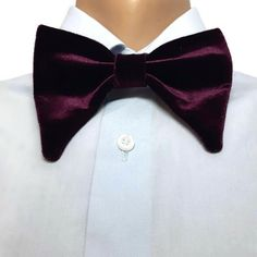 OVERSIZED VELVET bow tie,PLUM bowtie,selftied wide,violet groom bow tie,groomsmen bow ties,butterfly bowtie,Large bowtie,big bowtie,expand  Size of PRE-TIED (LARGE) bow tie:  10*14 сm/4*5 (For adult) (12 years - adult) Width of strap is 0.07 (1.8 mm) with length regulator max 22  - Rustic Groomsmen Attire, Plum Wedding, Wedding Men, Velvet Bow Tie, Floral Bow Tie, West Highland White, Gray Weddings, Skinny Ties
