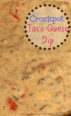 Crockpot Taco Queso Dip Need the perfect party dip? Try this Crockpot Taco Queso Dip recipe. It's creamy, meaty, cheesy and a definite crowd pleaser. So quick and easy to make. Crock Pot Dips, Crock Pot Tacos, Crock Pot Cheese Dip, Hamburger Cheese Dips, Chili Cheese Dips, Nacho Cheese Sauce, Dip Recipes, Mexican Food Recipes, Appetizer Recipes