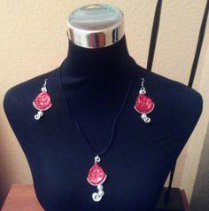 #Pendientes y #colgante a juego rojo pasión y #perlas con #nespresso #whatelse #HOWTO #DIY #artesanía #manualidades