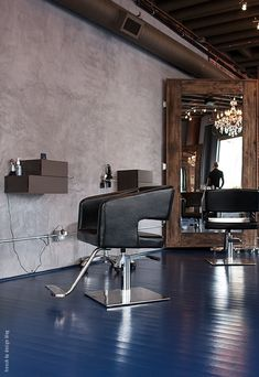 i am in love with that mirror!!!! Visit | Hair Collective - French By Design