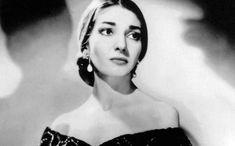 Ήταν χωρίς καμία αμφιβολία η κορυφαία υψίφωνος του κόσμου και τα μοναδικά φωνητικά και υποκριτικά της προσόντα, την οδήγησαν στην κορυφή. Maria Callas, Opera Arias, Greek Music, Married Life, The Voice, Legends, Vacation