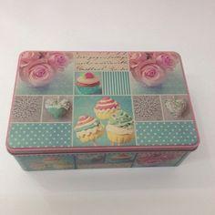 Lata Cupcake Azul - R$18,00