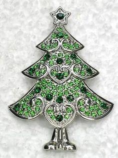 GORGEOUS EMERALD COLOR GREEN RHINESTONE CRYSTAL CHRISTMAS TREE PIN BROOCH C570