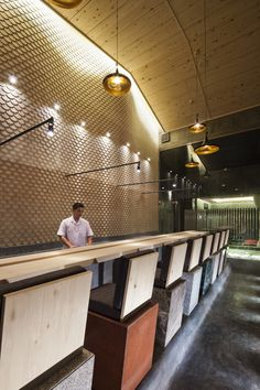 Image 19 of 29 from gallery of Sushi Restaurant in Ho Chi Minh City / 07BEACH. Photograph by Hiroyuki Oki