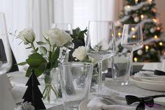 La Dolce Vita blog / White Christmas Table setting