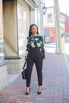Professional Office Outfits For Spring 2019 40 Classy Work Outfits, Office Outfits, Chic Outfits, Spring Outfits, Fashion Outfits, Casual Work Attire, Outfit Work, Office Wear, Corporate Fashion