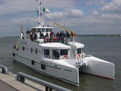 Le Lampsilis, navire de recherche de l'Université du Québec à Trois-Rivières. Découvrez le RIVE Centre de Recherche sur les Interactions Bassins Versants - Écosystèmes Aquatiques