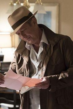 Raymond Reddington in The Blacklist S03E03