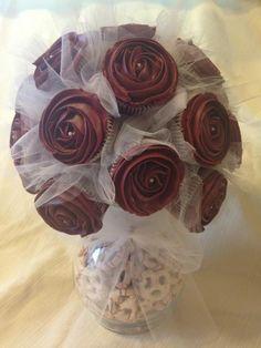 Valentine's Day Cupcake Bouquet