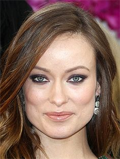 2014 Golden Globe Awards: Olivia Wilde wore 4.9 ct. double drop earrings by Forevermark #GoldenGlobeAwards #OliviaWilde #Forevermark