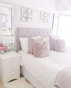 44 exquisitely admirable modern french bedroom ideas to steal 30 Teen Bedroom, Bedroom Inspo, Bedroom Apartment, Home Bedroom, Master Bedroom, Bedroom Furniture, Modern Bedroom, Bedroom Black, Furniture Design