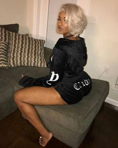 sew in weave hairstyles Weave Hairstyles, Cute Hairstyles, Casual Hairstyles, Medium Hairstyles, Baddie Outfits For School, Natural Hair Styles, Short Hair Styles, Look Girl, Black Girls Hairstyles