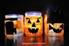This DIY mason jar jack-o-lantern craft is fun for kids and grownups alike. See how easy it is to make your own mason jar jack-o-lantern for Halloween!