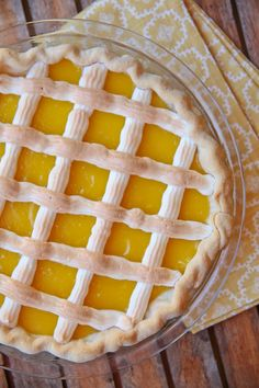 Lattice Lemon Pie Recipe – Pie Contest Winner ~ topped with a beautiful meringue… Lemon Desserts, Lemon Recipes, Just Desserts, Pie Recipes, Delicious Desserts, Dessert Recipes, Cooking Recipes, Pavlova, Cobbler