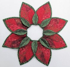 Poinsettia Fold'n Stitch Leaf Topper Kit #foldnstitch #poorhousequiltdesigns