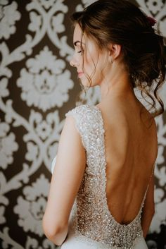 Suknie - Suknia ślubna Pronovias Orsola - 4 750,00zł Lace Wedding, Wedding Dresses, Backless, Model, Fashion, Dresses, Bride Gowns, Wedding Gowns, Moda