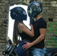 Pin by ninfa zg on couple ♡ Image Couple, Photo Couple, Love Couple, Couple Goals, Biker Love, Biker Girl, Relationship Goals Pictures, Cute Relationships, Photos Amoureux
