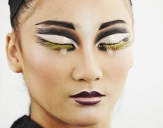 black-white-yellow-mac-makeup-look-2.jpg (500×395)