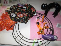 Make a Halloween Wreath from the Dollar Store