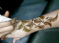 Amazing😍 Modern Henna Designs, Latest Henna Designs, Stylish Mehndi Designs, Mehndi Design Photos, Wedding Mehndi Designs, Henna Designs Easy, Mehndi Art Designs, Beautiful Mehndi Design, Mehndi Designs For Hands