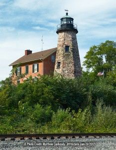 1822-Charlotte-Genesee-Lighthouse-tower-4