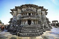 Take a look at the Chennakeshava Temple -- one of the finest examples of Hoysala workmanship!  #India #Belur #Karnataka #ChennakeshavaTemple #architecture #temple #religion #travel #trip #tour #yolo #usa #UCLA