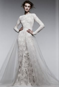 Monique Lhuillier lace long-sleeve wedding dress #bridal #gown @C California Style magazine #GetLostOnIssuu