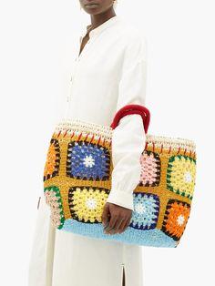 Kilometre Paris Undercover crochet and raffia basket bag Crochet Purse Patterns, Crochet Tote, Crochet Handbags, Crochet Purses, Knit Crochet, Unique Crochet, Basket Bag, Fabric Bags, Knitting Accessories