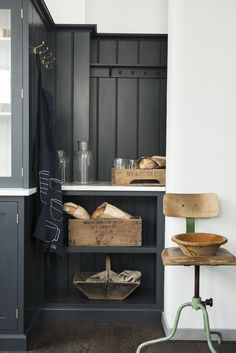 tongue and groove panelling in deVOL's London Shaker Kitchen