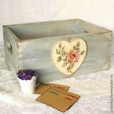 Shabby Chic - wooden boxes decorated with decoupage Decoupage Wood, Napkin Decoupage, Decoupage Vintage, Shabby Chic Boxes, Shabby Chic Crafts, Tole Painting, Painting On Wood, Small Wood Projects, Diy Projects