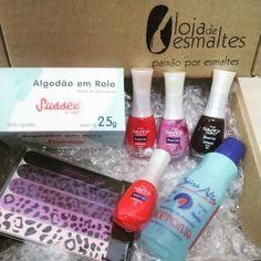 Preparamos Kits especiais com cores lindas para presentear as mamães. Corre que ainda dá tempo!!!!  Conheça Kits incríveis com super desconto aqui: www.lojadeesmaltes.com.br