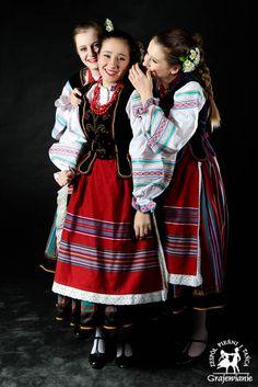 Polish costumes: region of Podlasie (strój podlaski-nadbużański). Similar costumes can be also found in the neighbouring areas of Belarus and Ukraine.