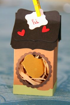Birdie-Home-Box -- a little birdie-home, which needs to be filled with some 'sweet eggs'. Milk Carton Crafts, Little Birdie, Paper Bags, 3d Projects, Stamping Up, Paper Crafting, Wrapping, Card Making, Wraps