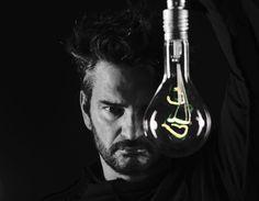Ricardo Arjona presenta 'Nada es como tu' y su página web colapsa