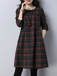 Fashion dresses 591167888570164454 - Round Neck Patch Pocket Checkered Shift Dress, Source by buydresswebsite Women's Fashion Dresses, Hijab Fashion, Casual Dresses, Elegant Dresses, Sexy Dresses, Shift Dresses, Shift Dress Outfit, Summer Dresses, Formal Dresses