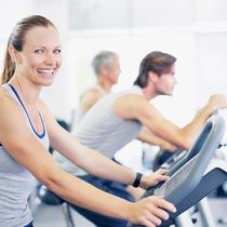 Here is a guide to beginner treadmill workouts for weight loss at your disposal. Explore how exactly you can follow weight loss workouts in line with beginner treadmill workouts, now!