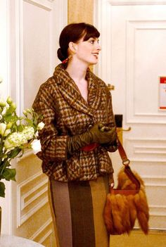 """27 Best and Worst Outfits From """"The Devil Wears Prada"""", Ranked Fashion Tv, Funny Fashion, Trend Fashion, Fashion History, Look Fashion, Fashion Outfits, Prada Outfits, Mode Unique, Miranda Priestly"""
