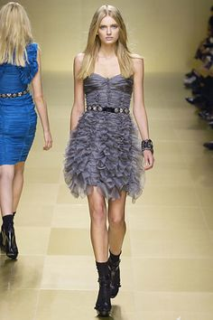 Burberry Prorsum Spring 2008 Ready-to-Wear Fashion Show - Lily Donaldson