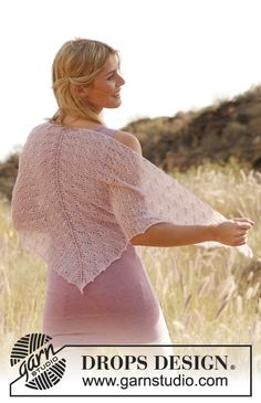 "Fairy Web - Knitted DROPS shawl with lace pattern in ""Lace"". - Free pattern by DROPS Design"