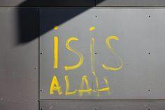 Muslimisches Mobbing, Burka in der Klasse und Selfies mit IS-Symbolen: An einer Wiener Schule beobachtet ein Direktor, wie sich islamistisches Gehabe breitmacht