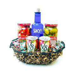 The Skyy Vodka Bloody Mary Basket is available for same day delivery in Las Vegas, NV. Includes all the essentials for making a delicious Bloody Mary. Liquor Gift Baskets, Themed Gift Baskets, Basket Gift, Fundraiser Baskets, Raffle Baskets, Alcohol Basket, Vodka Gifts, Skyy Vodka, Grilling Gifts