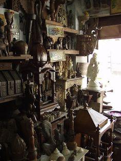 Rajee Sood: Treasure hunting in Mumbai ... Oshiwara old furniture market ...