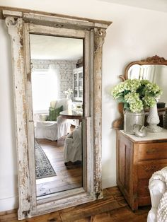 these ladies are super duper talented country farmhouse decor Leaning Mirror, Muebles Shabby Chic, Church Windows, Country Farmhouse Decor, Farmhouse Lighting, Industrial Farmhouse, Farmhouse Style, Home And Deco, Interior Decorating