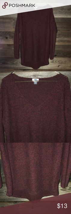 ** 2 for $20** Old navy Maroon sweater ** 2 for $20-add 2 qualifying items to bag and make offer** Old navy v-neck sweater. 100% cotton. Longer in back. Worn once. Old Navy Sweaters V-Necks