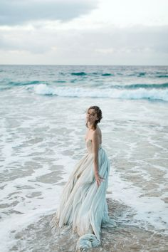 Inspiration: Senara in Hawaii — Carol Hannah - Trend Hair Makeup And Outfit 2019 Beach Photography, Portrait Photography, Debut Photoshoot, Photoshoot Dresses, Romantic Beach Photos, Beach Pink, Beach Shoot, Beach Boudoir, Wedding Photography And Videography