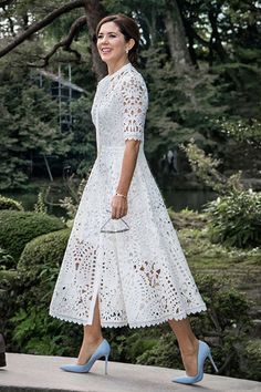 9 October 2017 - Royal tour to Japan (day Kenrokuen Garden, Kanazawa - dress  by Temperley London, shoes by Gianvito Rossi